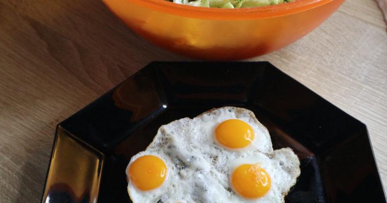 Wachteleier mit Salat