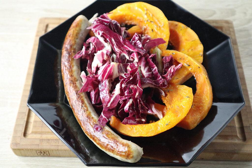 Eine histamin- und fructosearme Beilage sind diese Kürbisspalten aus dem Ofen. Ganz einfach zubereitet und total lecker! Toll zu Salat und anderem.