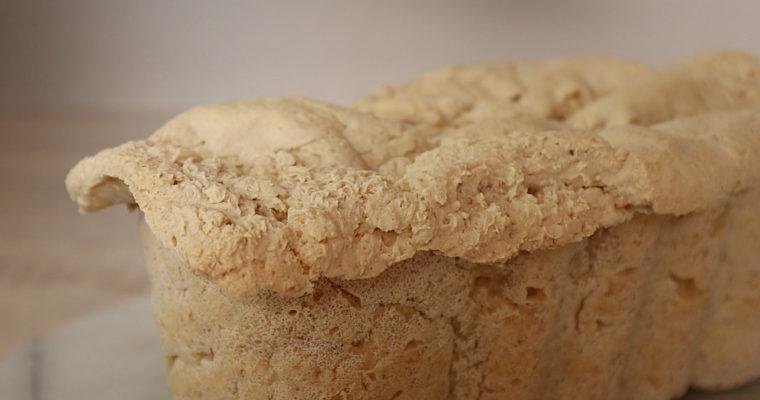Glutenfreies Reis-Mais-Brot
