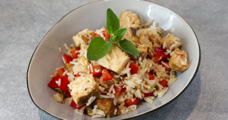 Reissalat mit Huhn und Paprika