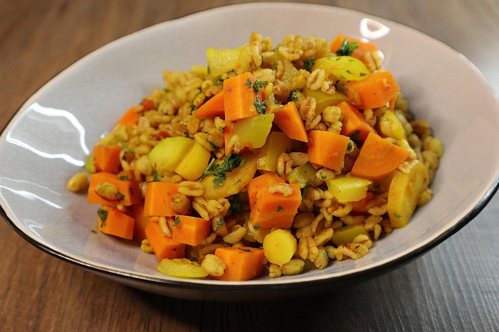 Dinkelpfanne mit Gemüse
