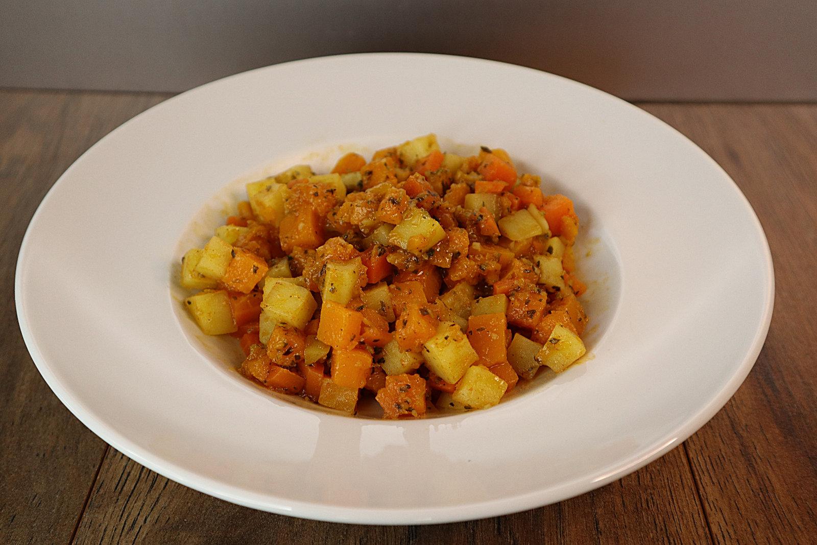 Kürbis-Kartoffel-Karotten-Eintopf