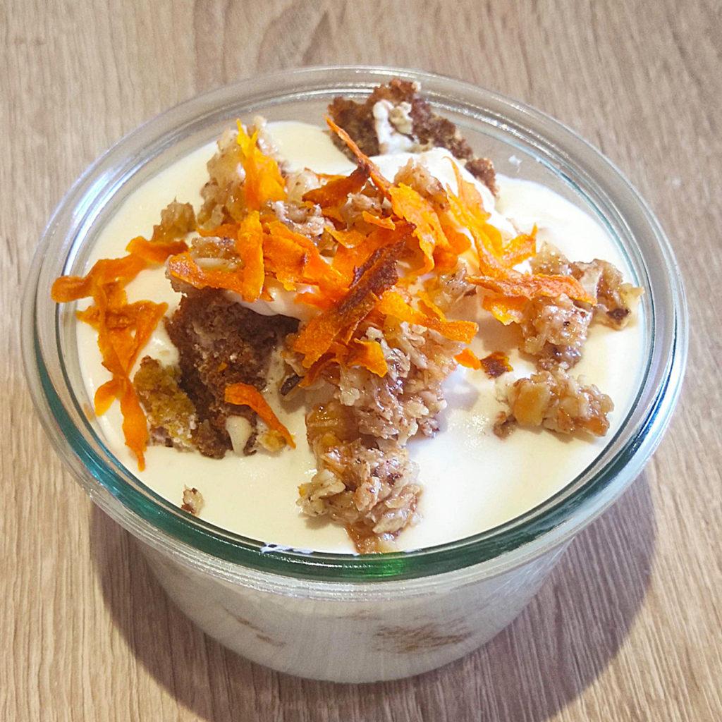 Heute gibt es ein Rezept für eine leckere Variation der Rübli-Torte nicht nur zu Ostern: einen histamin- und fructosearmen Rübli-Becher.