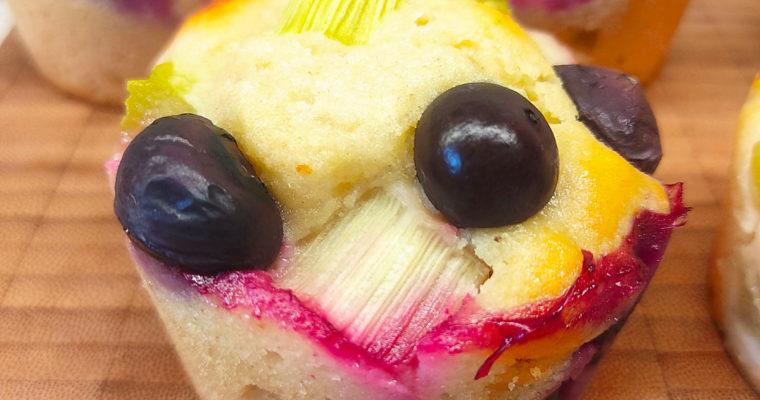 Rhabarber-Heidelbeer-Muffins