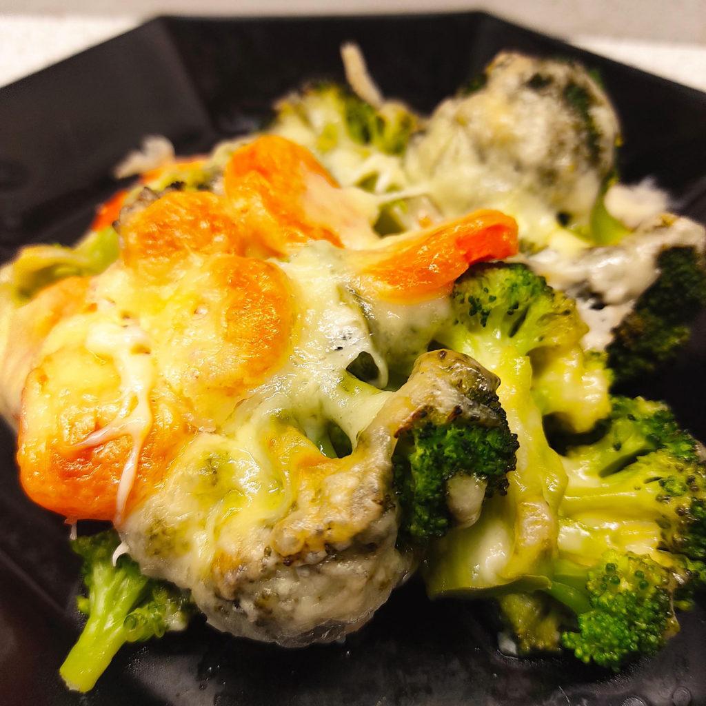 Dieses Seelachs-Gemüse-Gratin ist schnell zubereitet und sehr lecker. Ihr könnt jedes für euch verträgliches Gemüse verwenden.